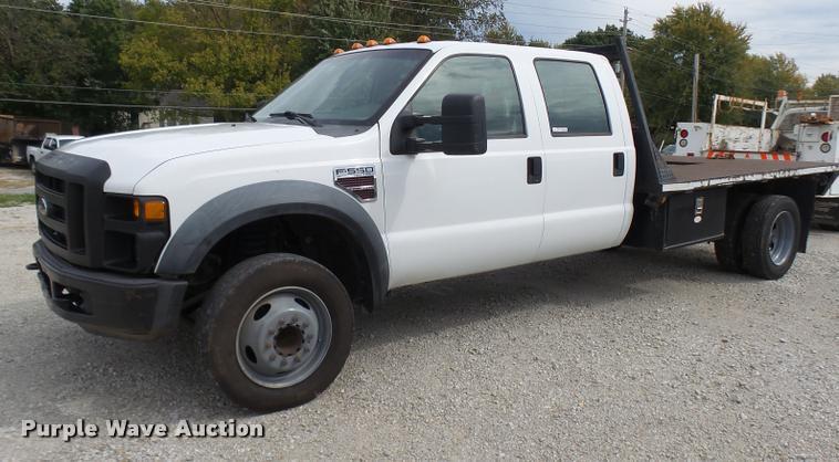 2008 Ford F550 Super Duty XL Crew Cab flatbed truck