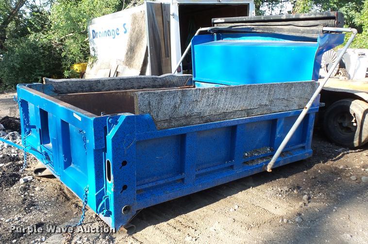 Warren V450-9 dump bed