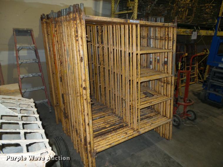 (43) scaffolding frames