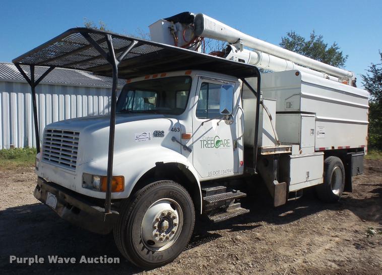 1999 International 4700 service truck