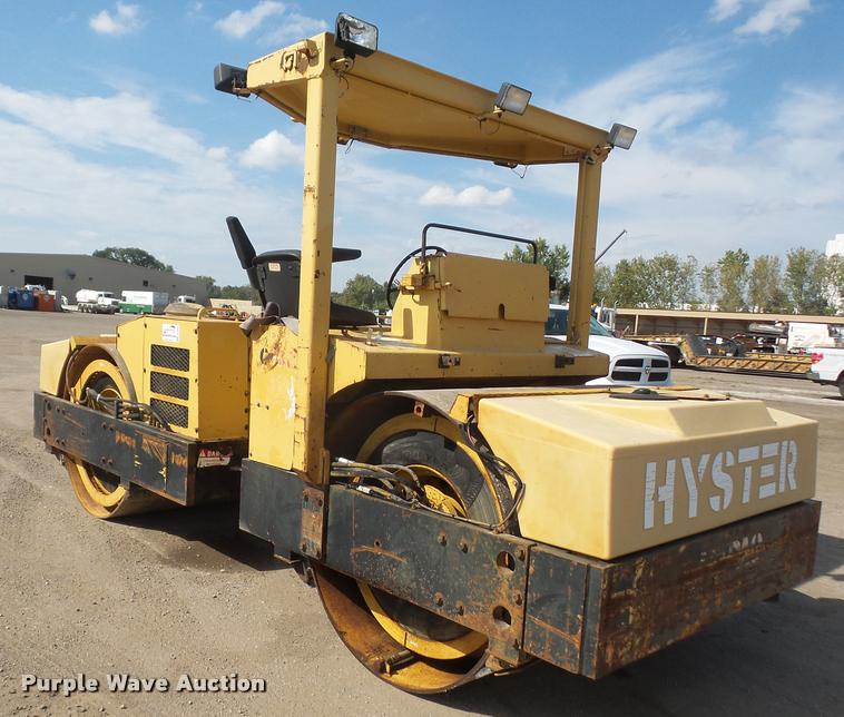 Hyster C766B double drum vibratory roller