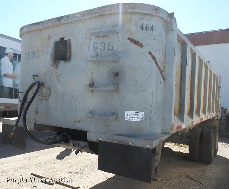 1998 Hilbilt end dump trailer