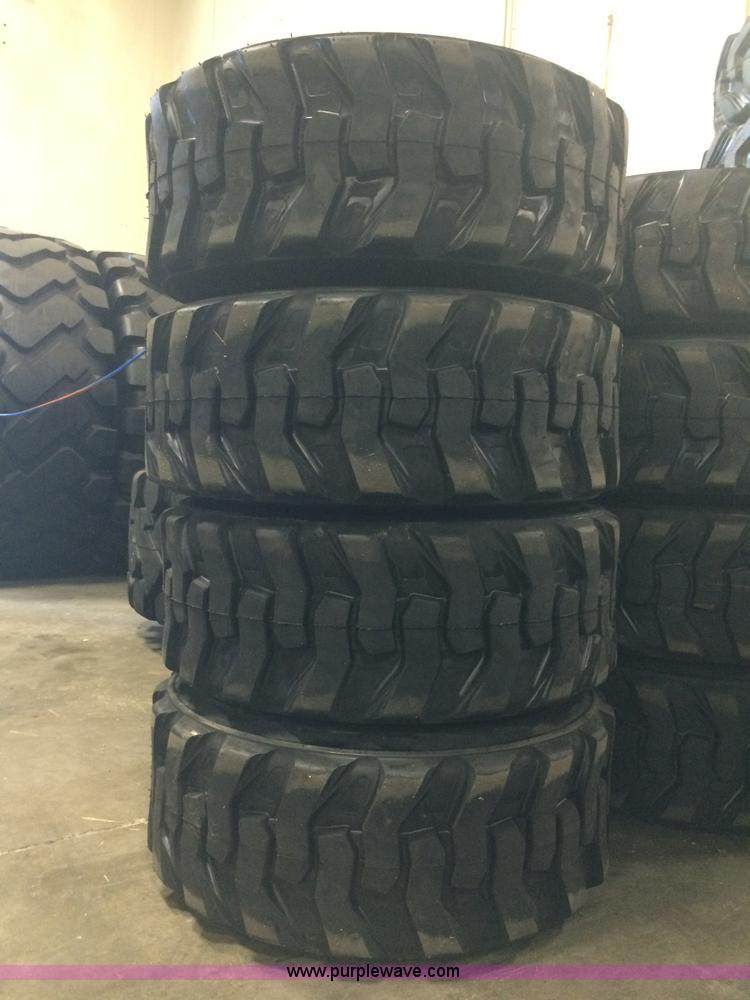 (4) 14x17.5/14-17.5 14 PR skid steer tubeless backhoe front pneumatic tires