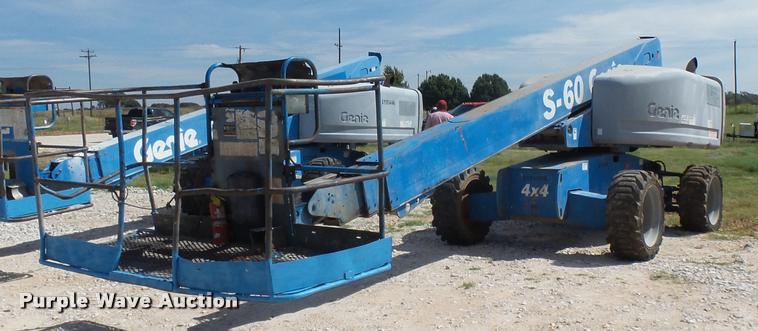 2004 Genie S60 boom lift