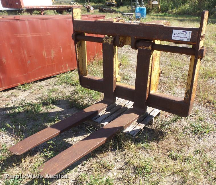 CWS loader pallet forks