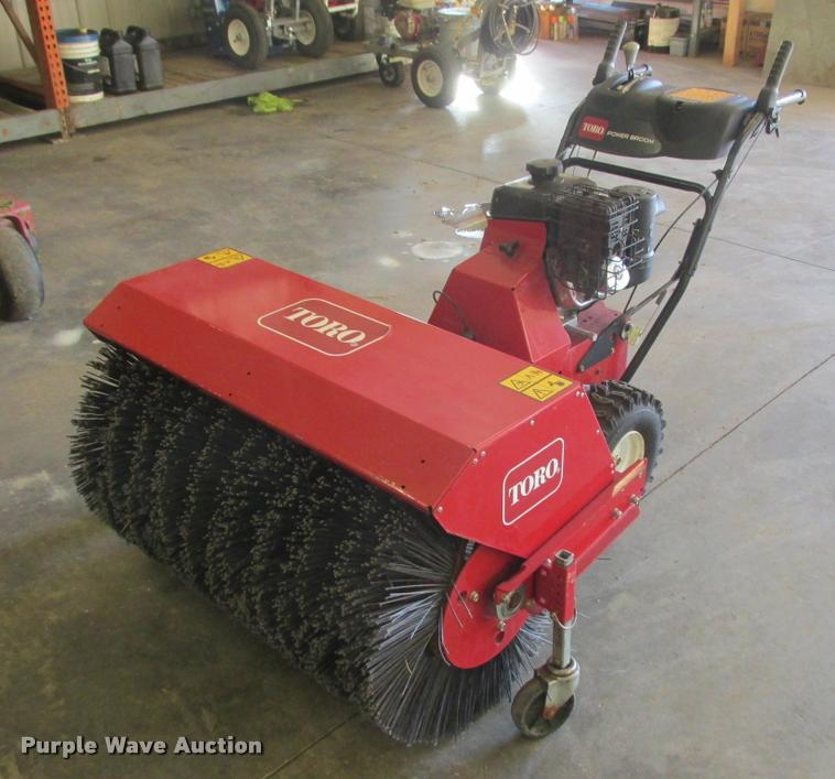 2014 Toro 38700 broom
