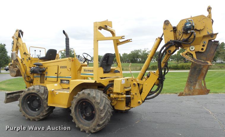 Vermeer V8550A cable plow