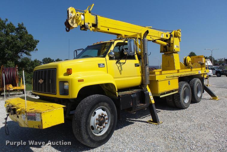 1999 Chevrolet 8500 crane/bucket truck