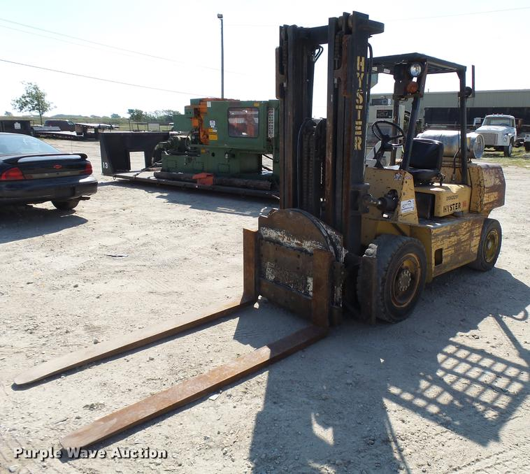 1992 Hyster H80XL forklift