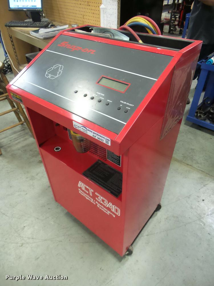 Snap-on ACT3340 reclaim/recharging station