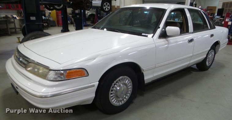 1996 Ford Crown Victoria Police Interceptor