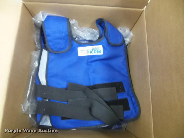 (6) Bullard ISO therm vests