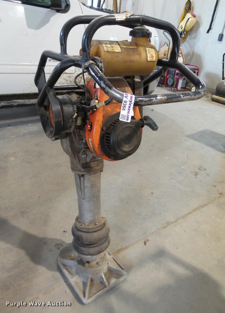 MBW R270 plate compactor