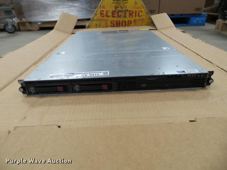 HP ProLiant DL320 G5p server