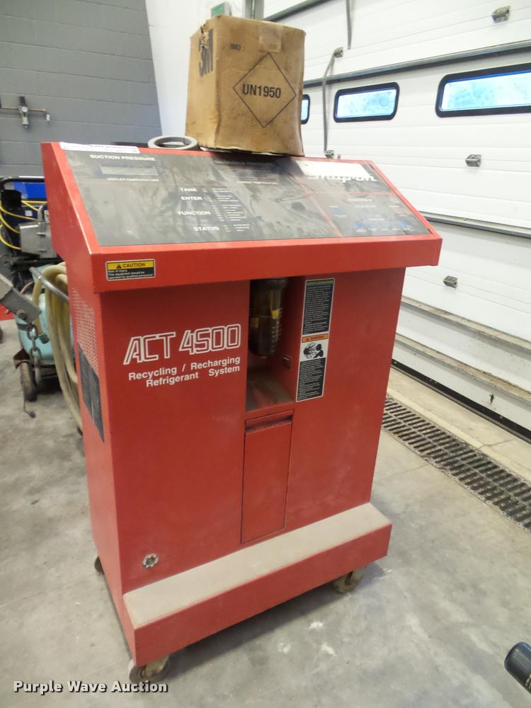 Snap-on ACT4500 recycling/recharging refrigerant system