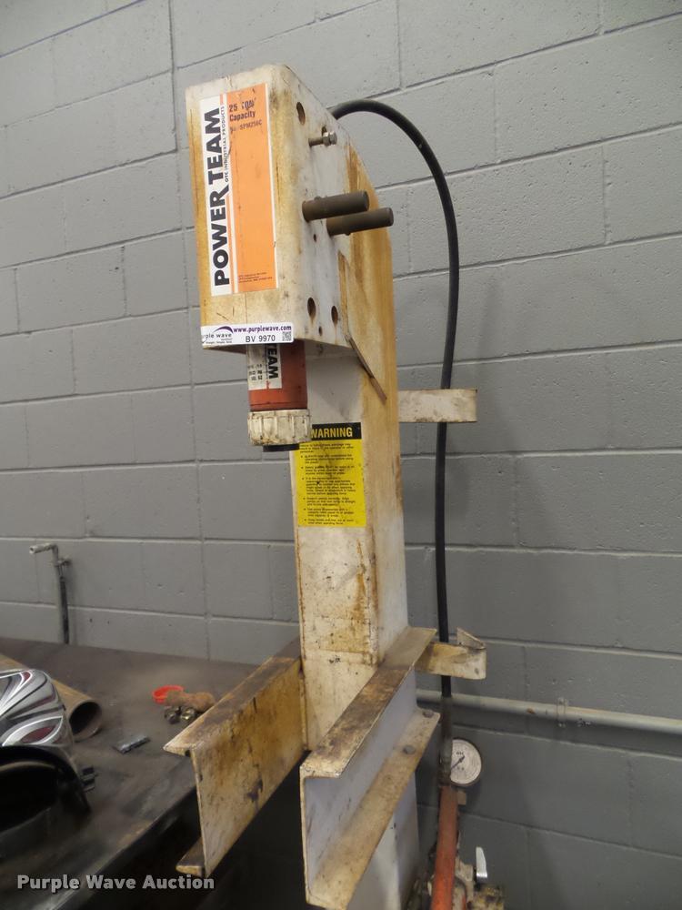 Powerteam SPM256C press