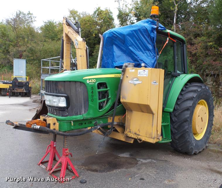 2009 John Deere 6430 tractor