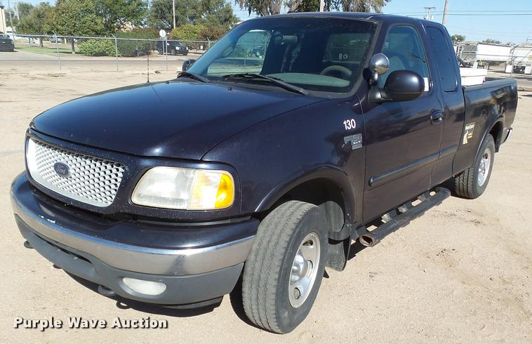 1999 Ford F150 XLT SuperCab pickup truck
