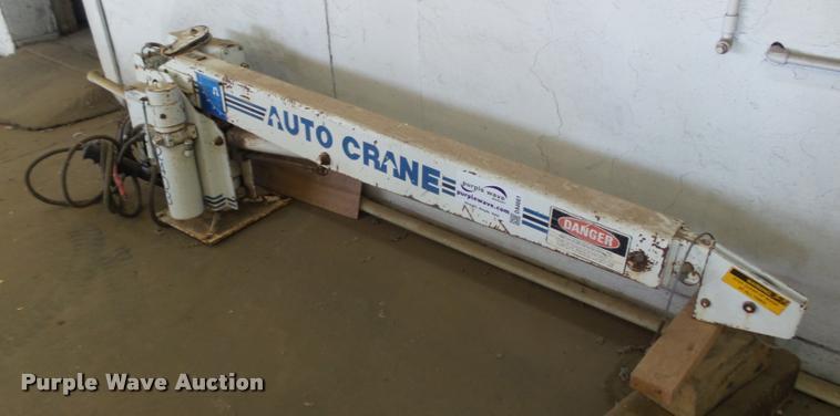 Auto Crane 2403-PR truck crane