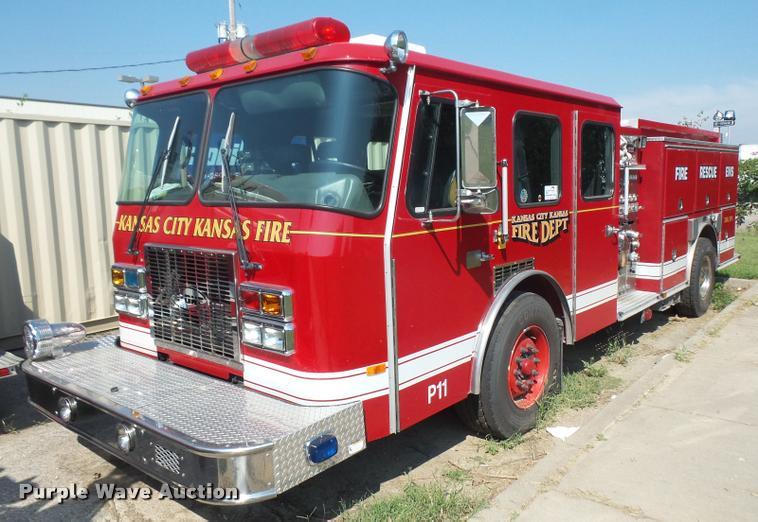 1999 Emergency One pumper fire truck