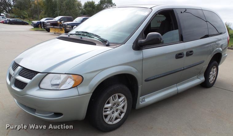 2004 Dodge Grand Caravan van