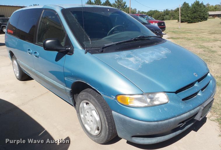 1999 Dodge Grand Caravan van