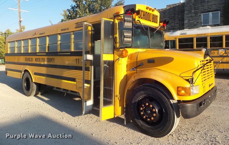 1998 International 3800 school bus