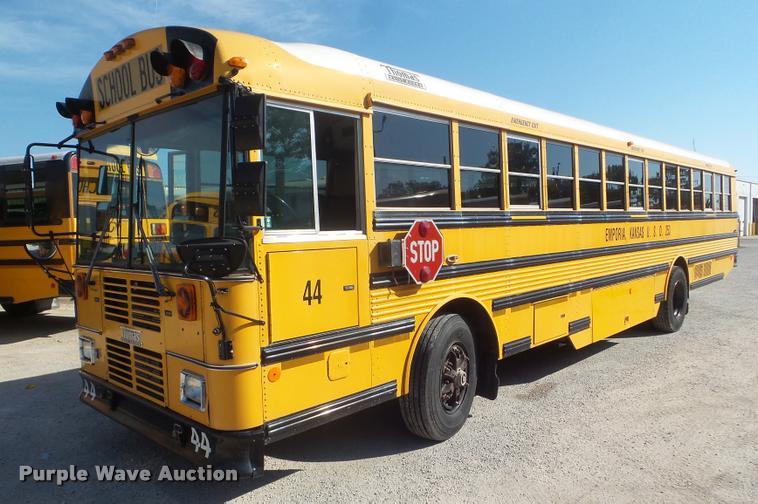 2000 Thomas Built Saf-T-Liner MVP EF school bus
