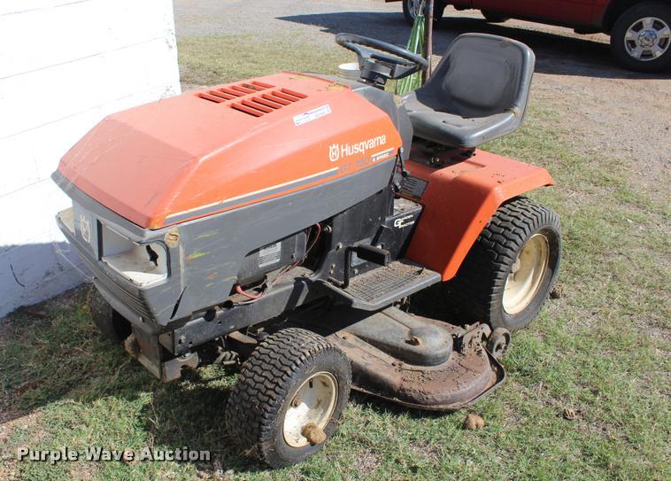 Husqvarna DT180 lawn mower