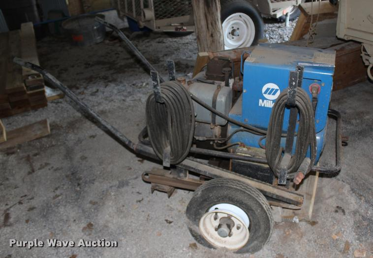 Miller Roughneck 2E welder/generator