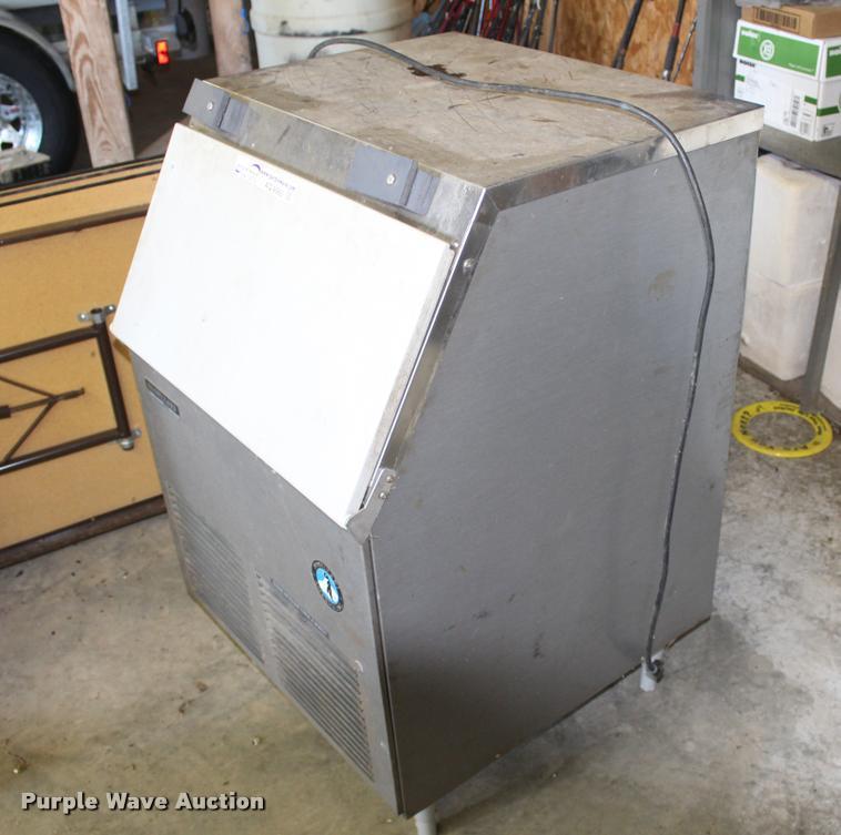 Hoshiki KM-150BHF ice machine
