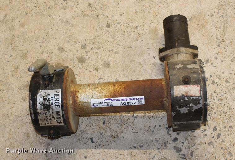 Pierce hydraulic winch