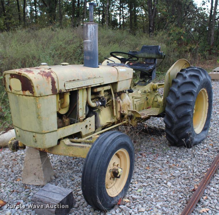 1968 John Deere JD300 tractor