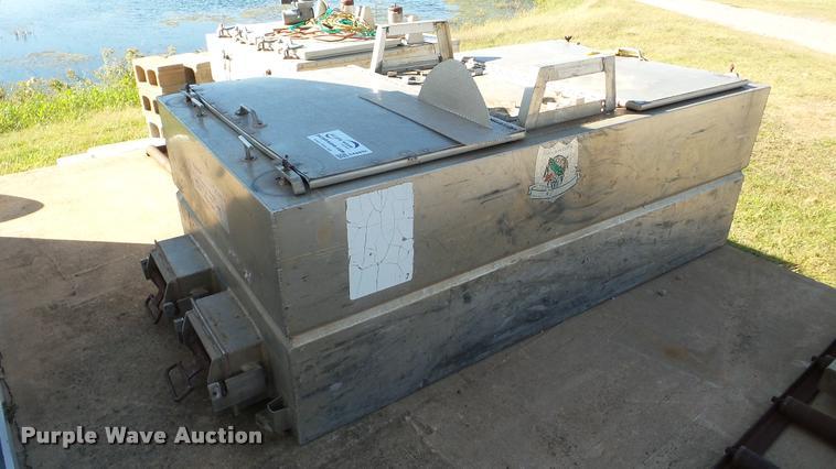 Duracraft PT-1391 fish hauling tank
