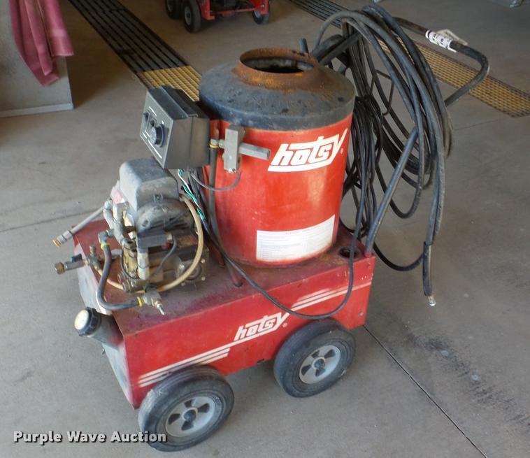 Hotsy 550C pressure washer