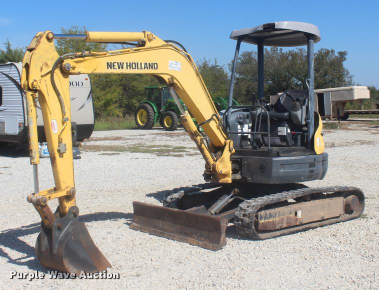 2006 New Holland E355R compact excavator