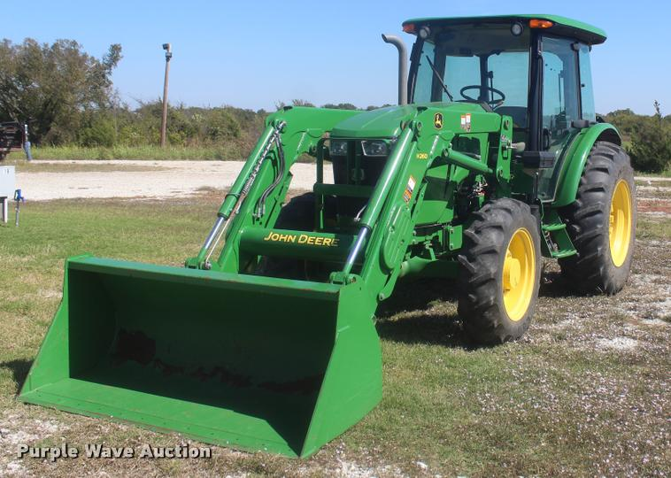 2013 John Deere 5085E MFWD tractor