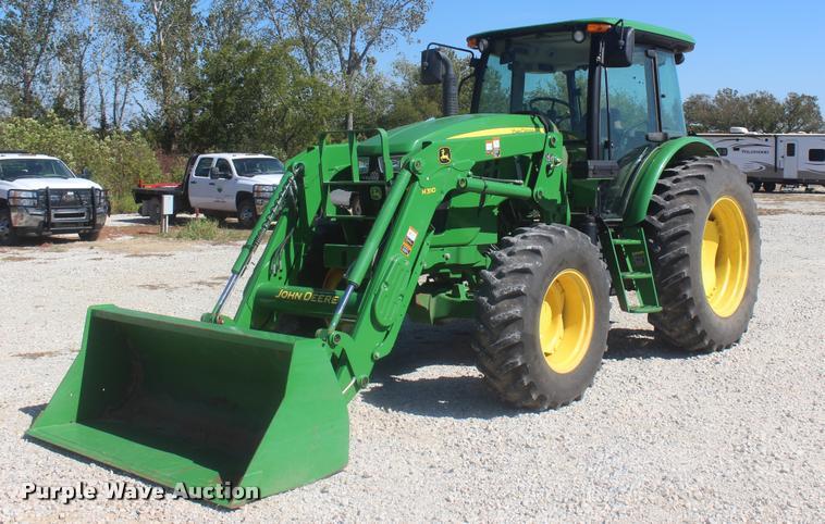 2013 John Deere 6130D MFWD tractor