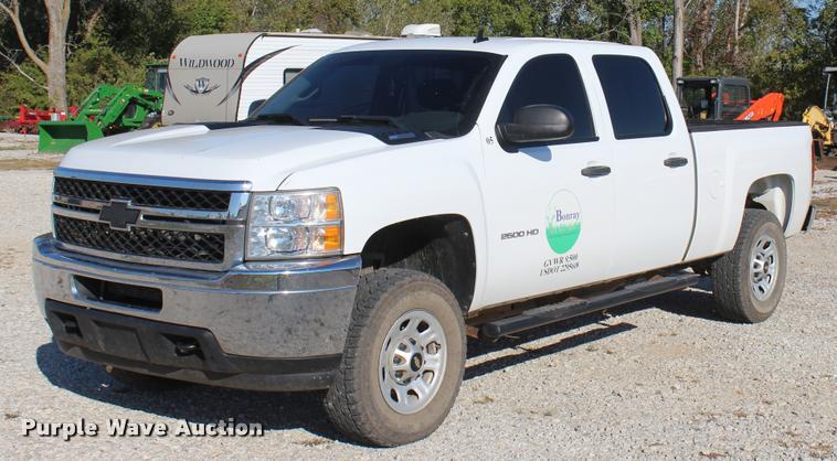 2012 Chevrolet Silverado 2500HD Crew Cab pickup truck