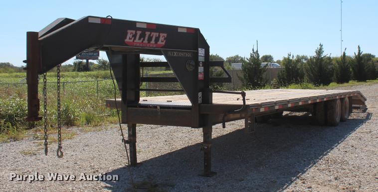 2013 Elite Flex Control 32 equipment trailer