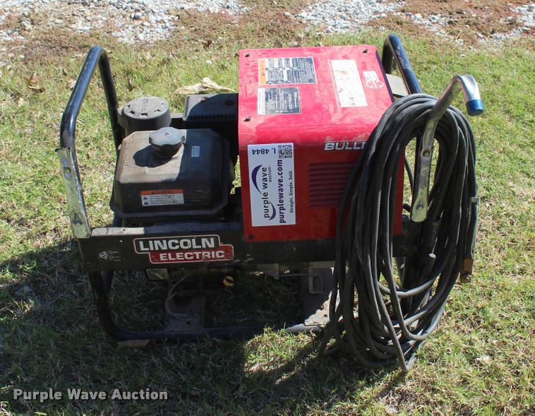2015 Lincoln Bulldog 5500 welder