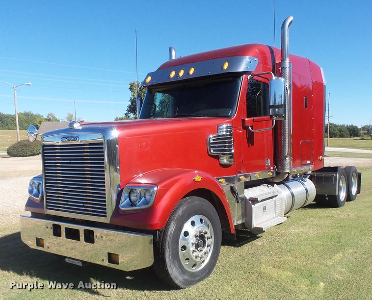 2011 Freightliner Coronado 132 semi truck