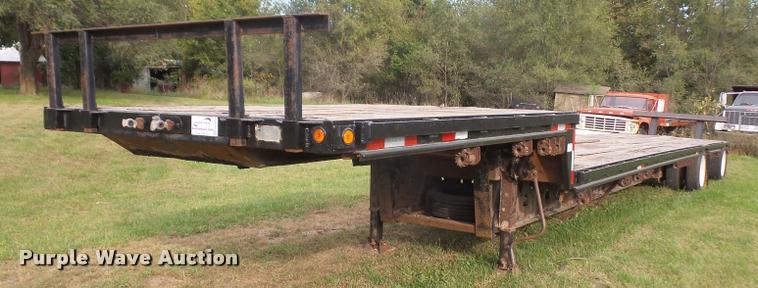 1992 Trail King TK80C8-82 drop deck trailer