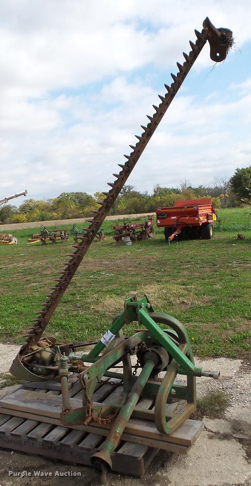 John Deere 350 sickle bar mower
