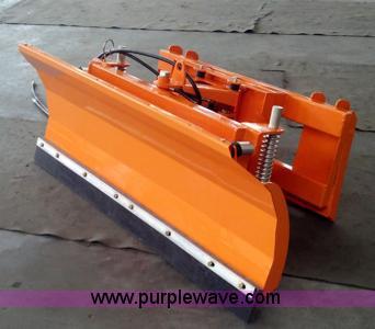 Skid steer snow plow/dozer blade