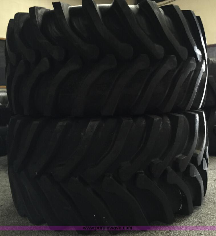 (2) 30.5L-32 tires
