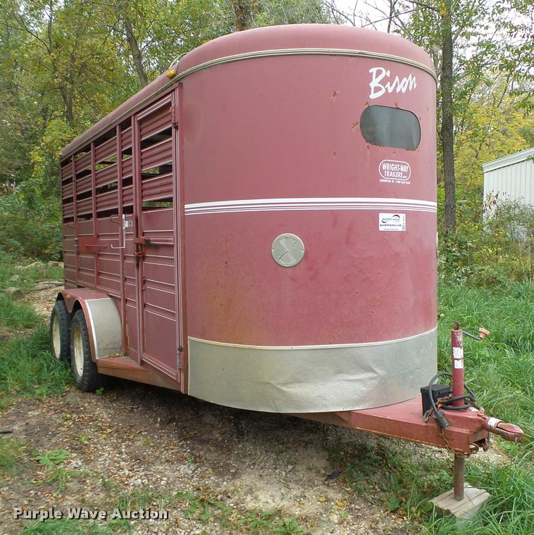 2003 Wright Way Bison horse trailer