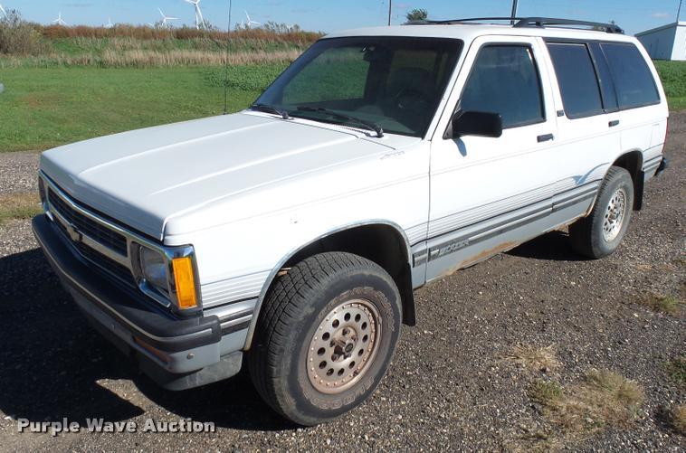 1993 Chevrolet S10 Blazer LT SUV