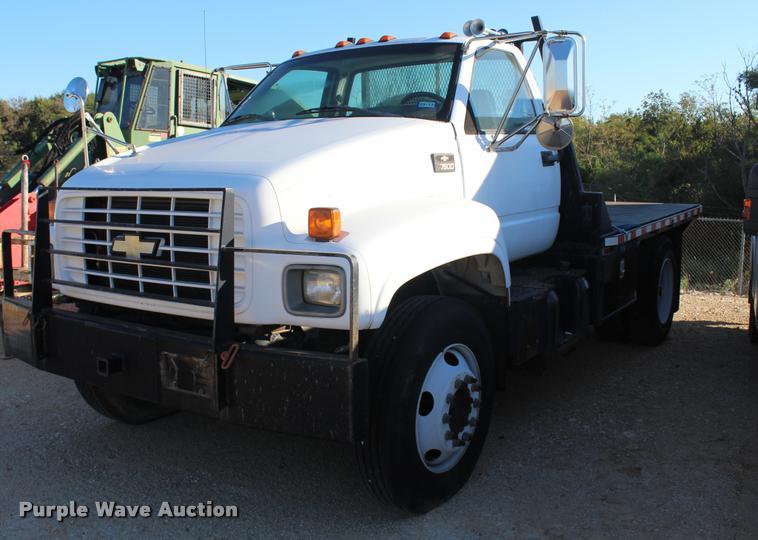 2002 Chevrolet 6500 flatbed truck