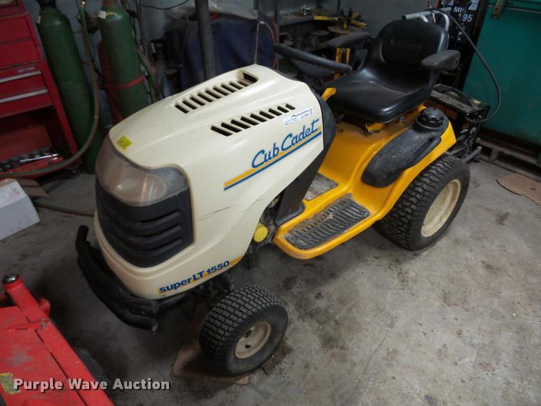 Cub Cadet Super LT 1550 lawn mower